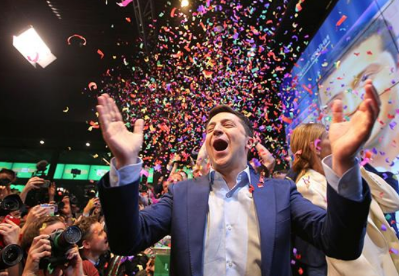 乌当选总统泽连斯基希望19日举行就职仪式