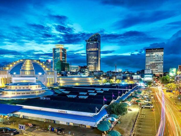 柬埔寨中国佛山总商会在金边揭牌成立