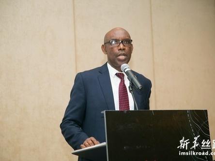 首本由卢旺达人撰写的中卢关系书籍在卢发布