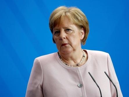 默克尔说德国不支持欧盟扩大对俄制裁