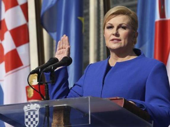 克罗地亚总统表示克方高度重视发展对华关系