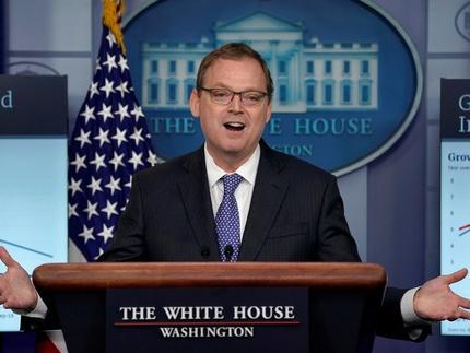 """特朗普称白宫经济顾问委员会主席将""""很快""""去职"""