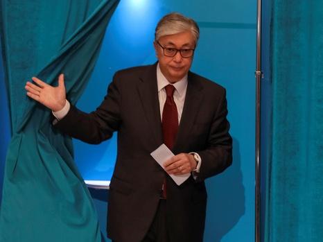 最终计票结果显示托卡耶夫在哈总统选举中获胜
