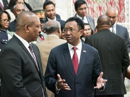 恩蔡再次连任马达加斯加总理