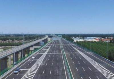北京大兴国际机场高速和大兴机场北线高速中段建成通车
