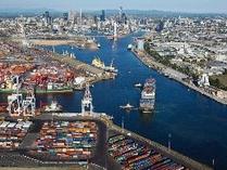 """""""希望更深入参与一带一路建设""""——访德国汉堡港口仓储和物流公司首席执行官提兹哈特"""