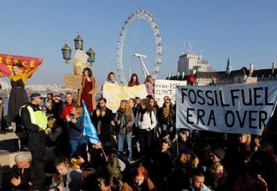 未来石油需求的地缘政治含义