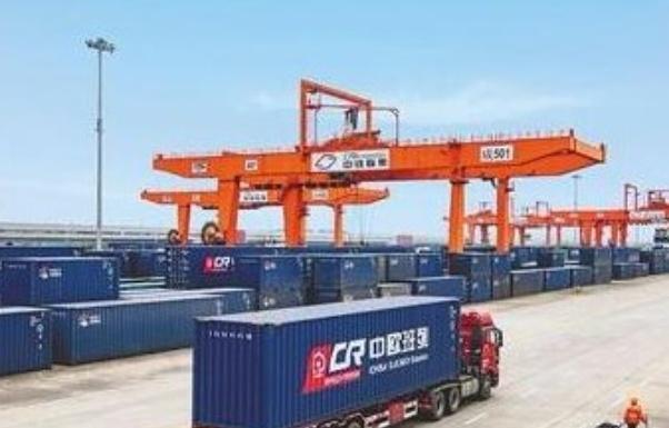 1-7月重庆与广西北部湾间铁海联运班列达526列 同比增139%