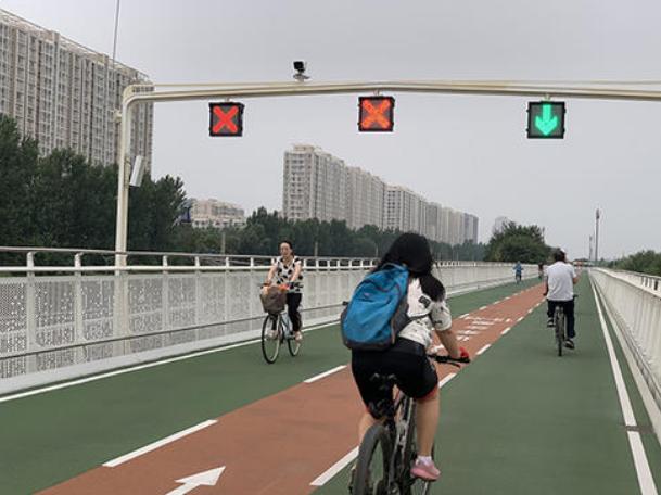 国内首条通勤用自行车专用路累计通行量破50万辆次