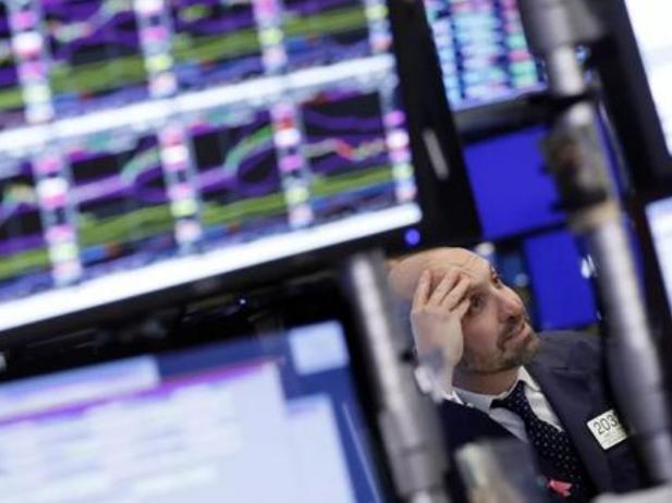 美债券市场预警美国经济衰退风险上升