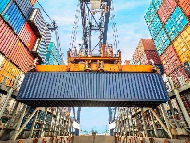 伊朗前5个月进口基本商品1100万吨