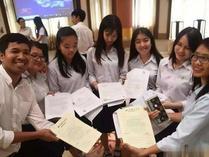 185名柬埔寨学生获中国政府奖学金赴华留学