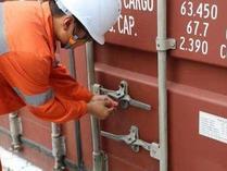 天津口岸首票跨关区国际中转集拼业务启动