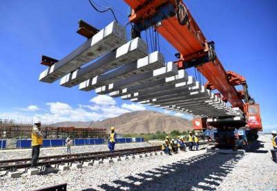 中方参与的苏比克—克拉克铁路将于明年启动