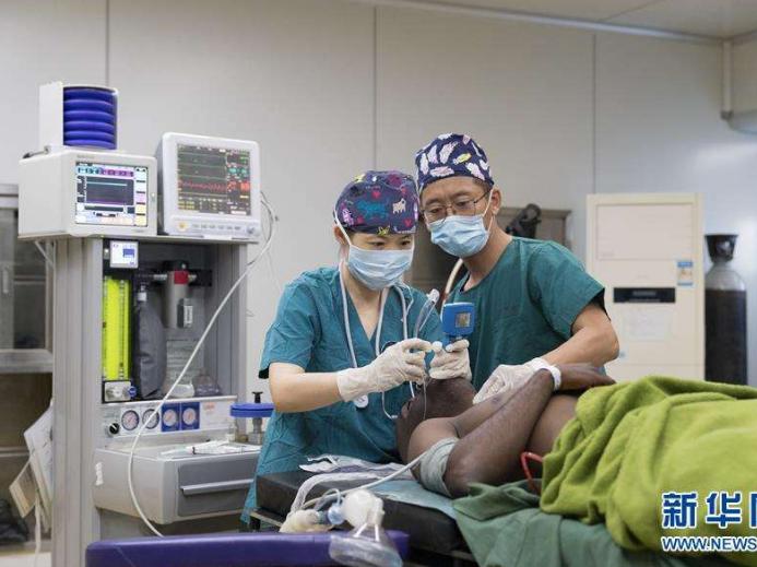 通讯:留下一支带不走的医疗队——中国援赞比亚第21批医疗队工作纪实