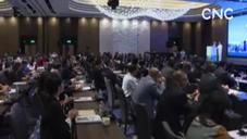 """国际潮商助推""""一带一路""""暨粤港澳大湾区建设高峰论坛在香港举行"""