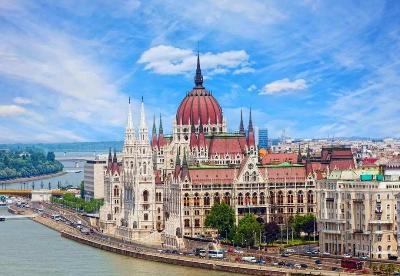 中国与部分中东欧国家建交70周年学术研讨会在匈牙利举行
