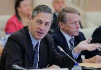 专访:俄中加强各领域务实合作有望取得重要成果——访俄远东研究所副所长奥斯特洛夫斯基