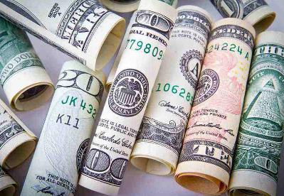 综述:美元指数从两年多来高点回落