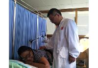 通讯:让中医在纳米比亚落地生根——记三届援纳医疗队医生褚海林