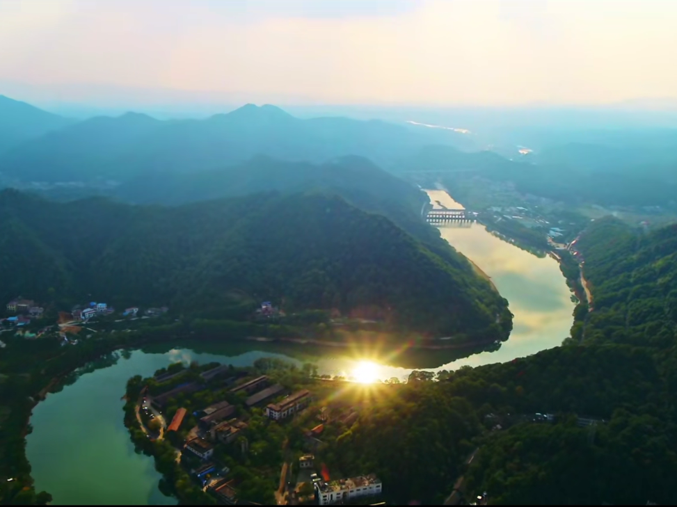 湖南浏阳市粤港澳大湾区招商推介会引资149.75亿元