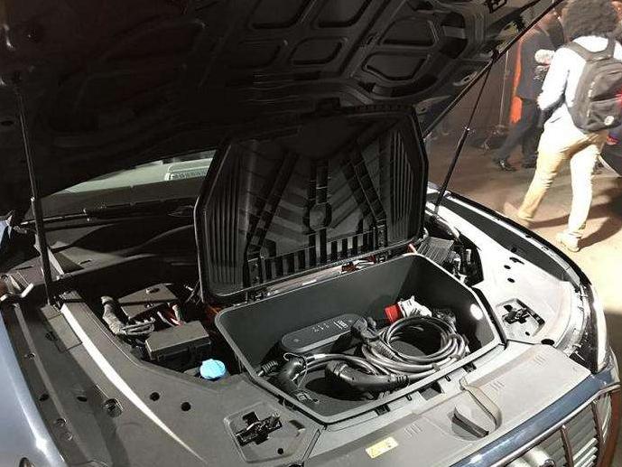 海南将建新能源汽车废旧动力蓄电池回收网络体系