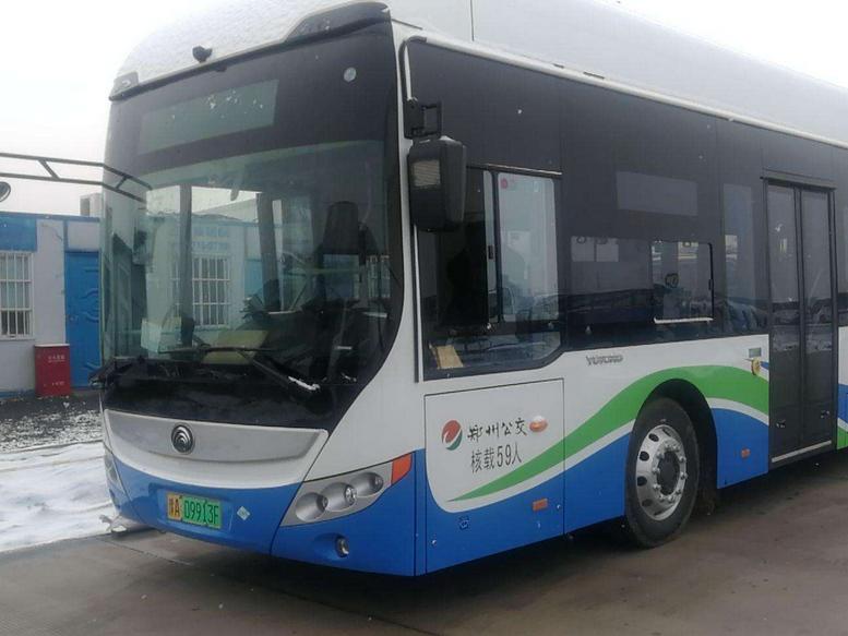 郑州新增20台氢能源公交车服务春运