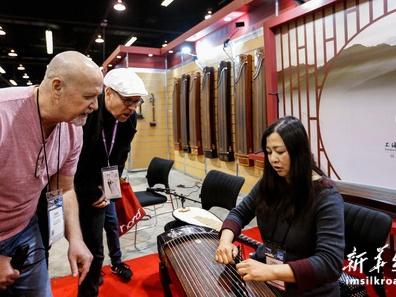 """通讯:中国乐器在美国乐器展上""""奏响强音"""""""