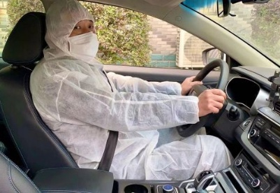 """武汉""""逆行""""网约车司机:""""家乡生病了,我只想尽一份力"""""""