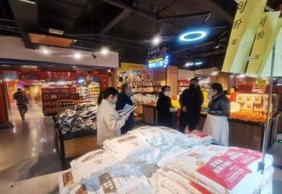 安徽阜阳颍东区:逆风而行 与疫情赛跑