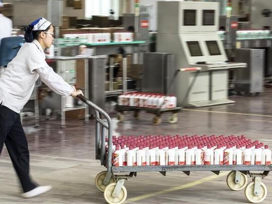 中国企业纷纷改行生产抗疫物资