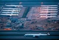 """国际航空公司被新冠病毒""""击落"""""""