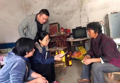 安徽阜阳颍东区:越是艰险越向前  投身扶贫第一线