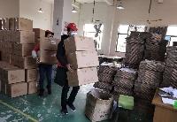 """安徽桐城:志愿者助力企业""""防疫线不松、生产线转动"""""""