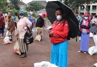 饥饿比疾病更可怕!疫情之下,非洲非正规劳工的艰难求生之路