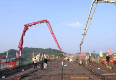 广西全速建设中国—东盟重要通道南宁至崇左高铁