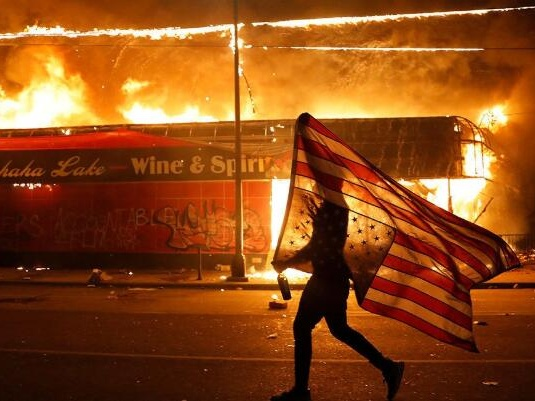 鲜有美国警察因暴力执法面临刑事指控