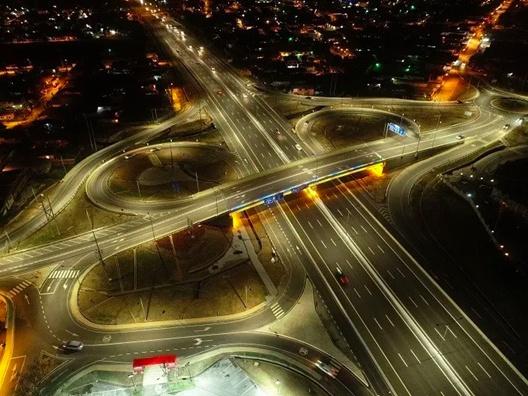 中企在特多承建首个立交桥项目正式移交