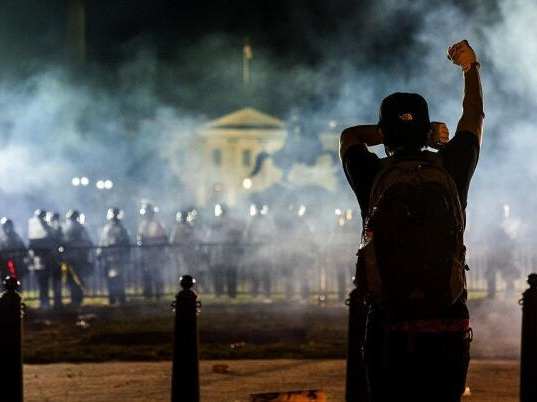 美国抗议活动:马丁·路德·金的历史重现?