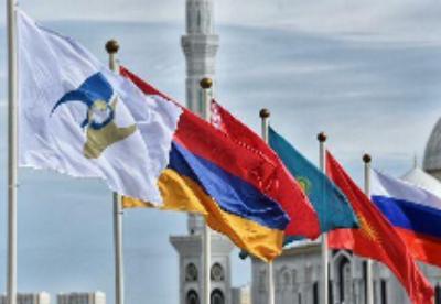 哈萨克斯坦正在同欧亚经济联盟成员国实现贸易平衡