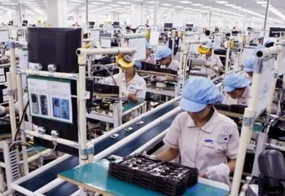前6月越南4类商品出口突破100亿美元大关 手机及零件出口额达215亿美元
