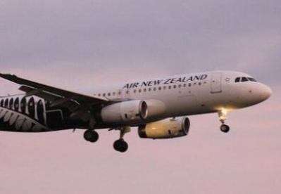 新西兰政府增拨1.5亿购买PPE 所有入境的纽航乘客都有口罩可戴