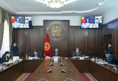 博罗诺夫:政府正在采取措施改善国家经济状况