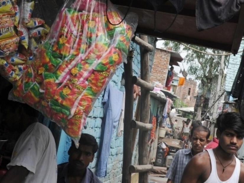 如何在快速城市化的背景下保护穷人