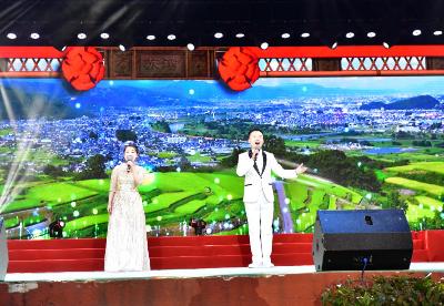"""安徽巢湖:""""民歌之乡""""文艺汇演展示传统民歌魅力"""