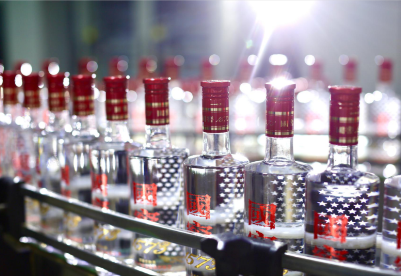 以先进标准引领消费品质量提升 泸州老窖致力让中国白酒的质量看得见