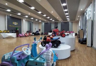 安徽青阳:春天里的童车产业园
