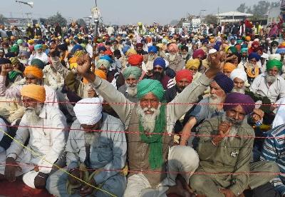 印度农民开始对付莫迪 抗议农业改革新法案
