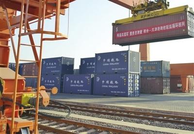 天津港新增两条海铁联运班列通道