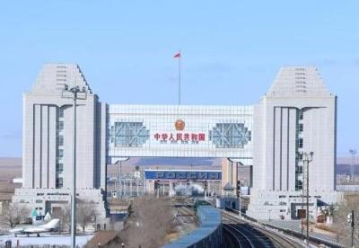 中俄口岸进出境中欧班列累计突破1万列